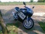 8_ Suzuki GSX-R 750cc.jpg