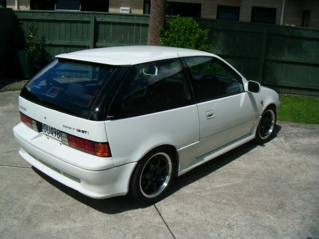 Suzuki swift gti 95 repuestos? - Motores com py