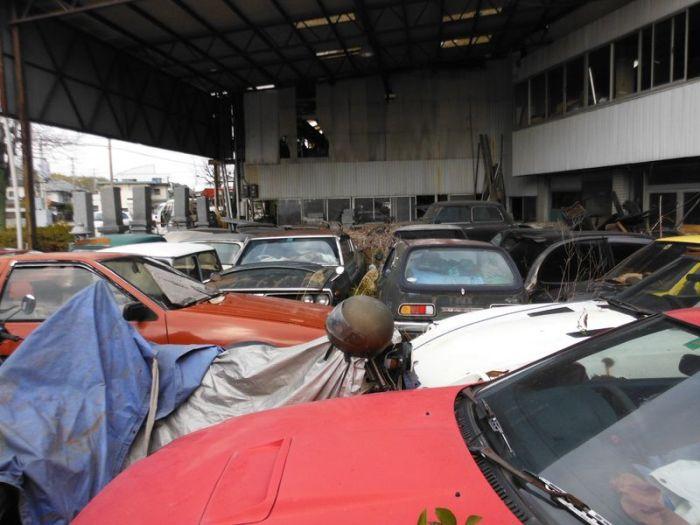 abandoned_cars_01.jpg