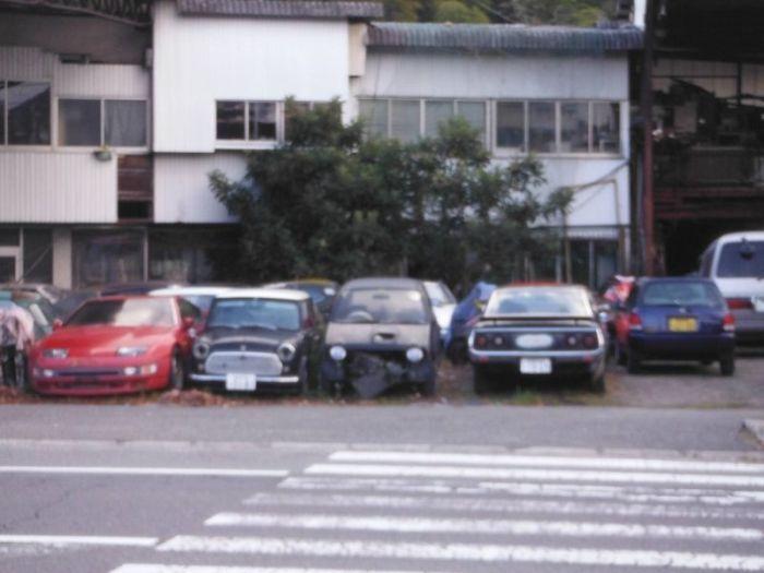 abandoned_cars_10.jpg