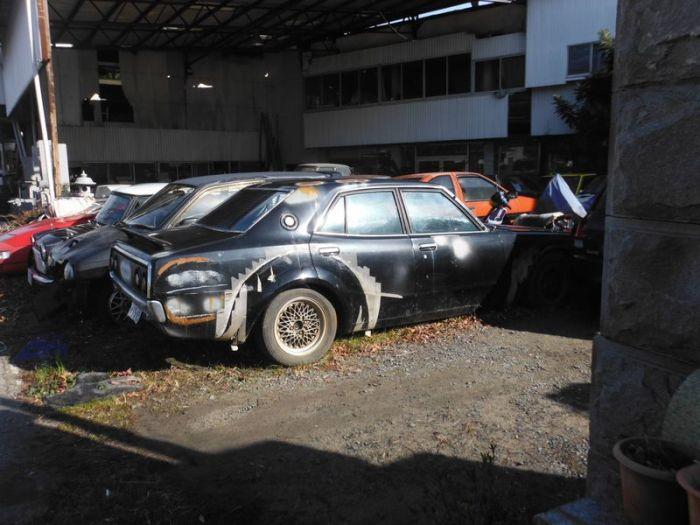 abandoned_cars_12.jpg