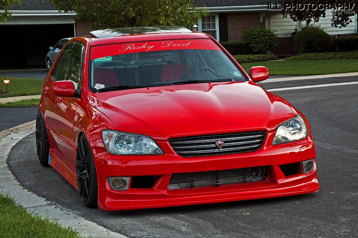 Toyota Altezza - Red