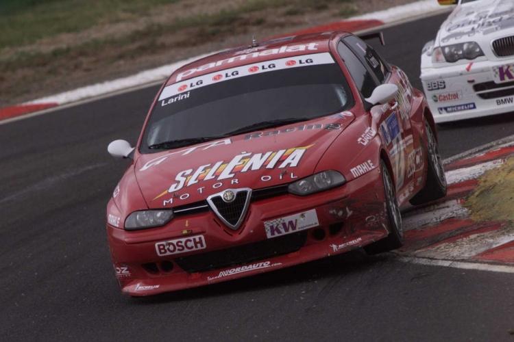 Alfa_Romeo_GTa_comepticion_DM_1_750x.jpg