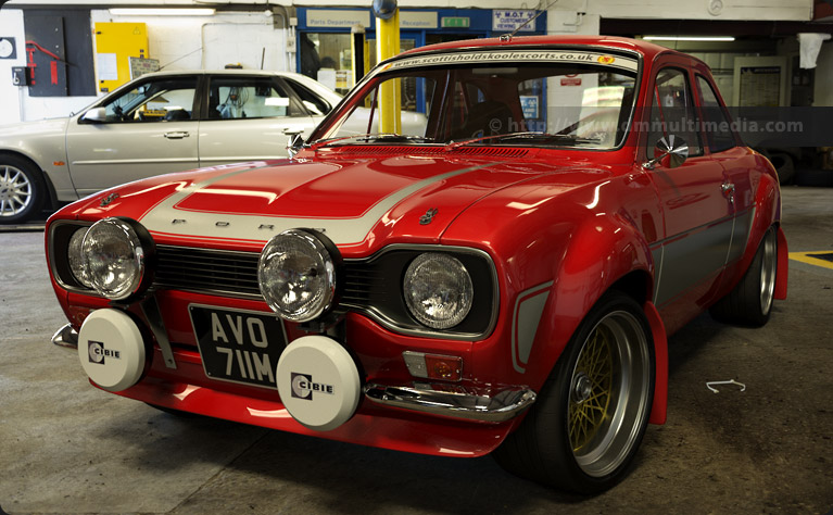 MK1_Escort_RS2000_in_garage.jpg