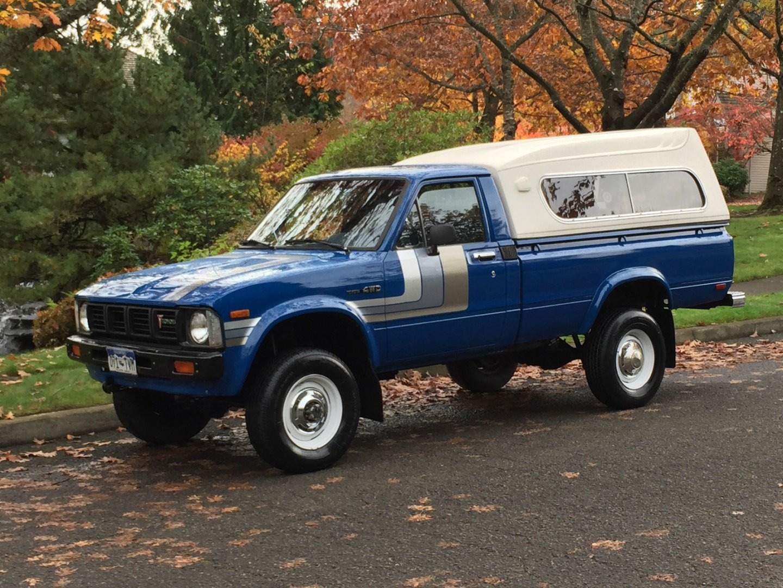 1980-toyota-pickup-4x4-sr5-standard-cab-pickup-2-dr-22l-101k-orig-miles-1039owner-1.JPG