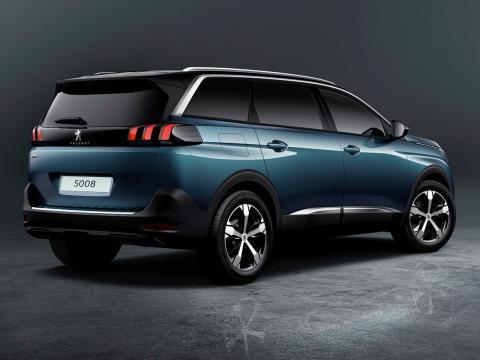 Peugeot-5008-2017-A03.jpg